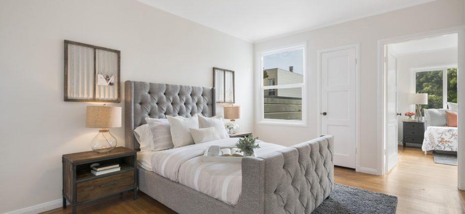Łóżko w apartamencie, materac